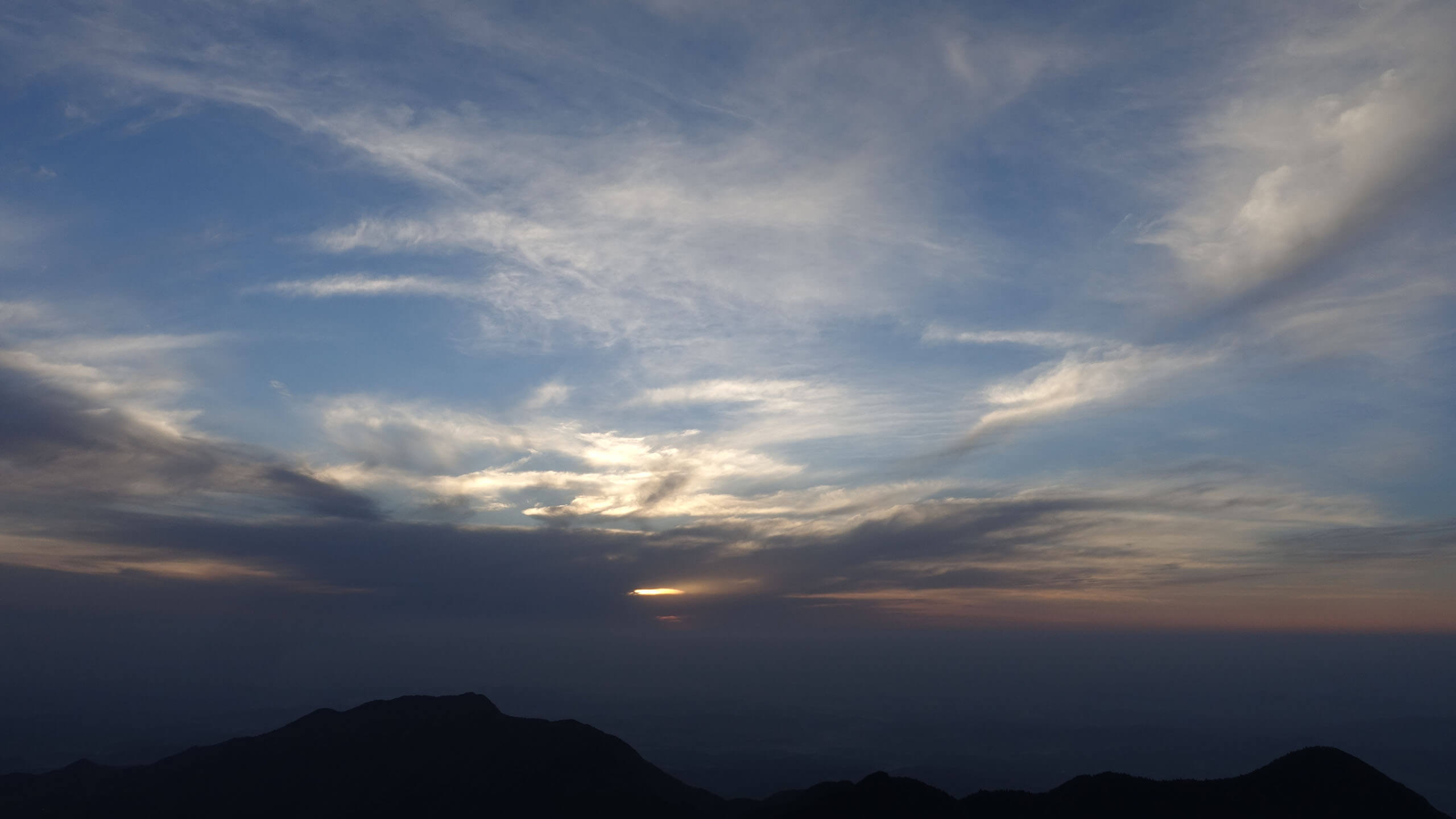 衡山看不见的日出