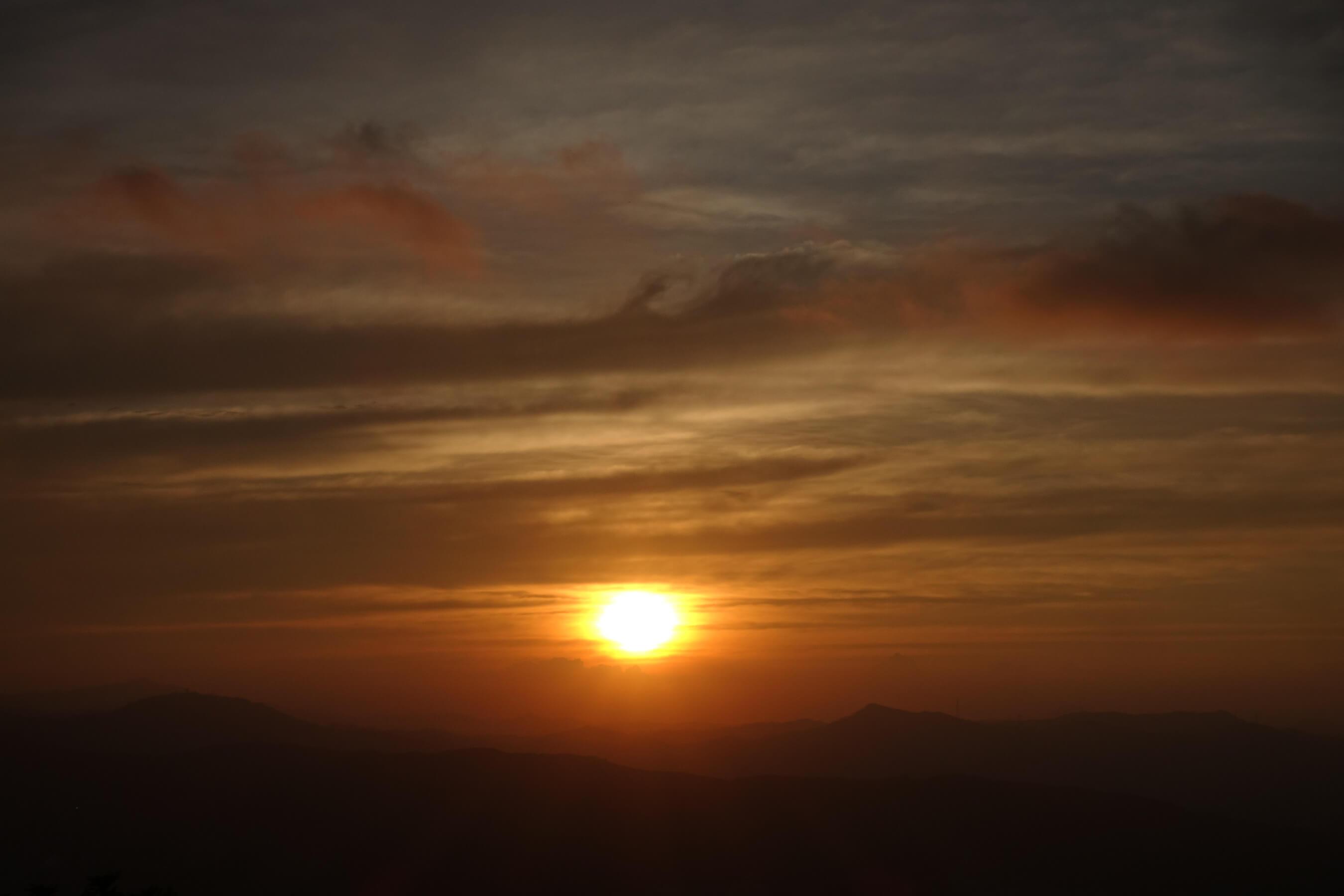 摩星岭日出